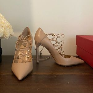 Valentino Rockstud Lace Up Leather Pump Nude